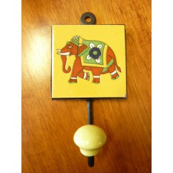 8x8 cm peg left orange Elephant