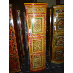 High column with domed yellow and diamond doors