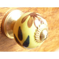 knobs yellow provence