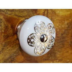 Arabesque metal flower - silver rod - 2