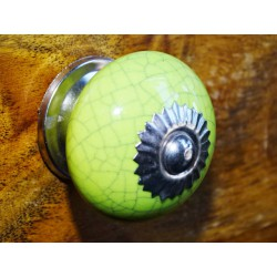 Handle green round cracked effect