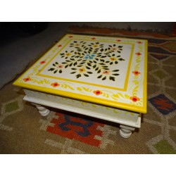 Table with cushion bazot 38x38cm white