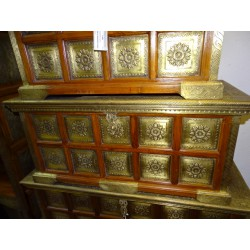 Chest in rosewood decorated with stamped brass plates - small model