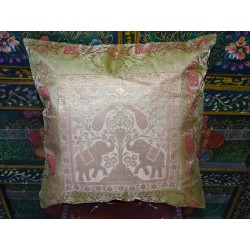 Cushion cover 2 elephants 40x40 cm gold with a brocade edge
