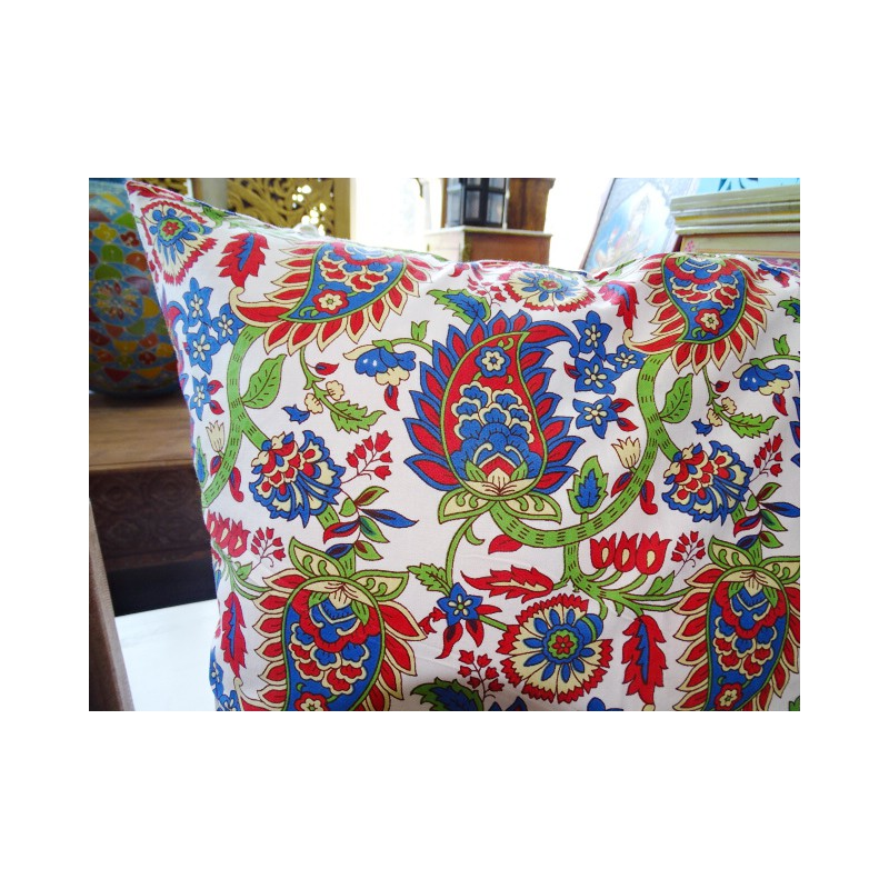 Cuscini 60 X 60.Pillow Case 60x60 Cm Printed With Red And Green Kashmeer