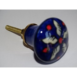pear-shaped button ultramarine and white flower