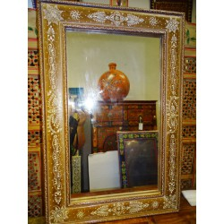 Ecru rectangular mirror and white relief painting in 90x60 cm