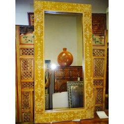 Rectangular mirror gold and ecru painted relief in 120x60 cm
