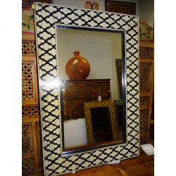 Rectangular mirror black and off white painted relief in 90x60 cm