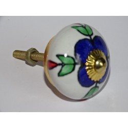 White drawer knobs with ultramarine flowers