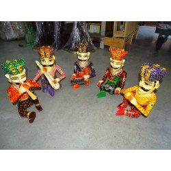 Set of 5 Indian musicians carved and hand painted