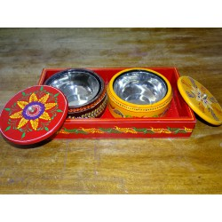 Painted tray for the aperitif with two wooden and metal bowls - 2