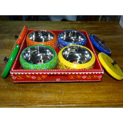 Painted turntable for the aperitif with 4 wooden and metal bowls