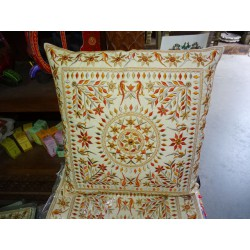 Orange embroidered cotton covers 40x40 cm with mirror