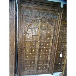 Old cupboard doors in the shape of an arch and lintel 113x200 cm