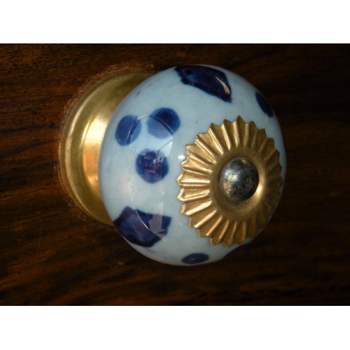 Buttons turquoise porcelain overseas