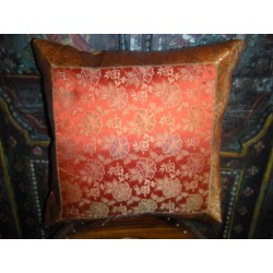 Cover large orange flower brocade 40x40 cm